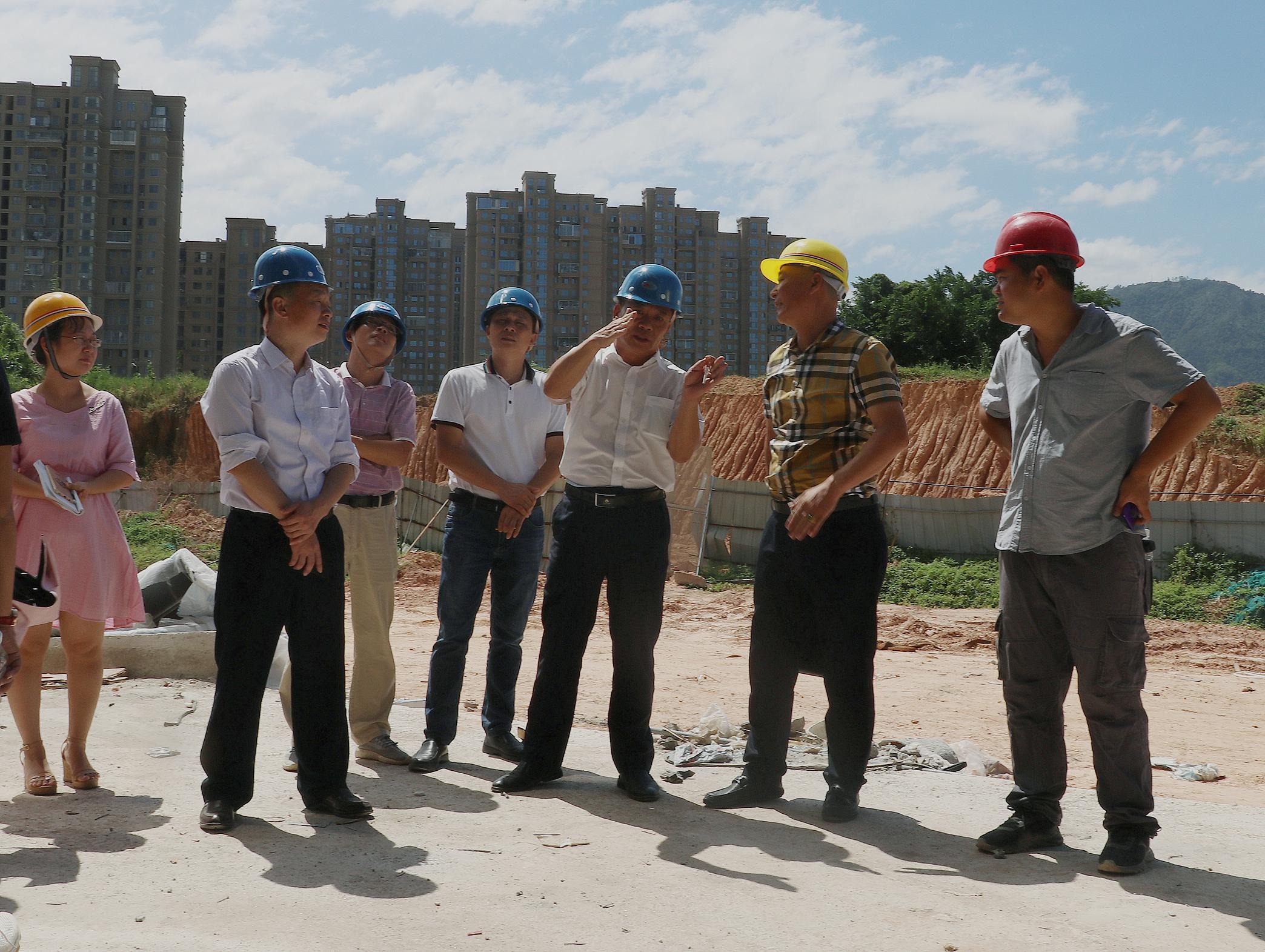 漳州市气象局开展国庆节前安全生产各项工作检查